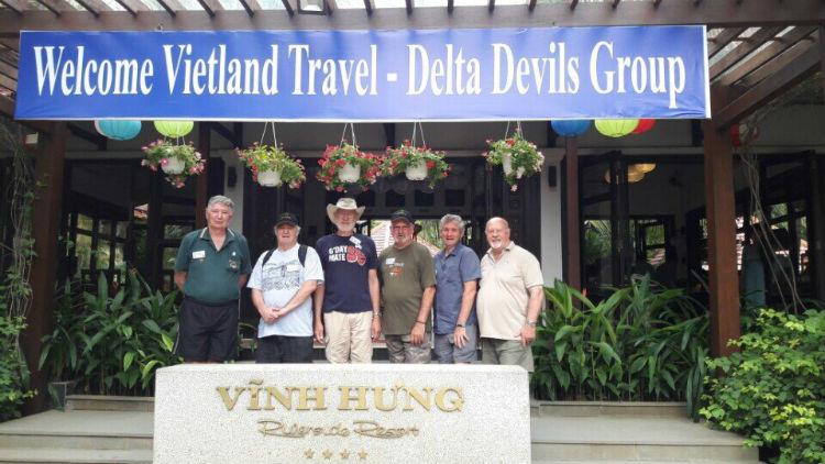 Đoàn Úc xuyên Việt