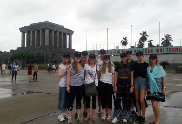 Đoàn gia đình Úc xuyên Việt Nam 2018