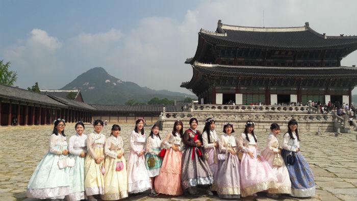 Đoàn thăm quan Cố Cung - Hàn Quốc