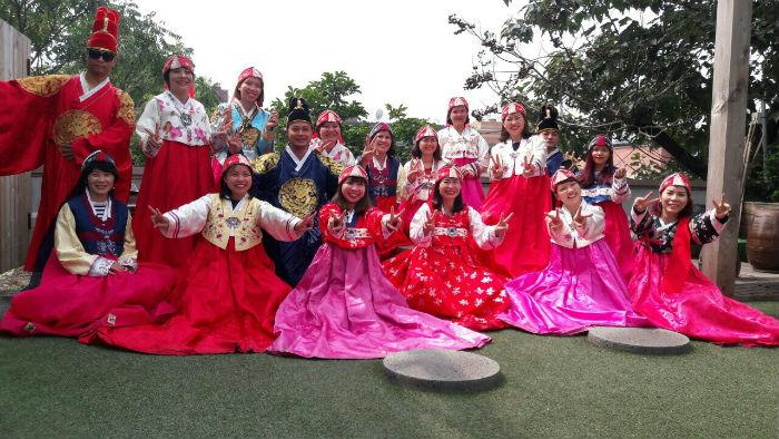 Đoàn thăm Hàn Quốc