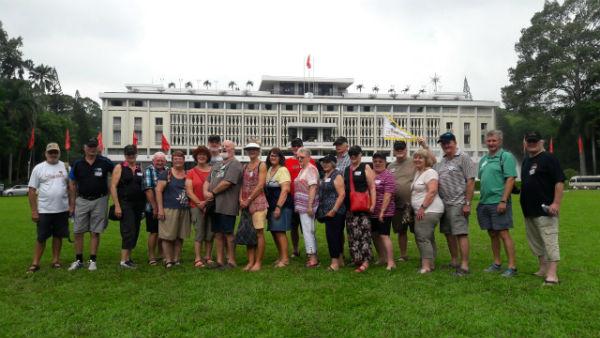 Đoàn Úc xuyên Việt Nam 2017